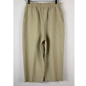 Womens Briggs New York Capri Tan/Khaki Pants 10